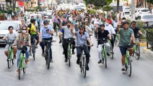 Başkan Seçer, Avrupa Hareketlilik Haftası'nda Tarsus'ta Pedal Çevirdi