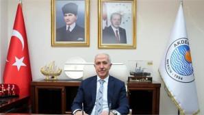 """Akdeniz Belediye Başkanı Gültak: """"Kurtuluş Zaferi, Aziz Milletimizin Tarihe Altın Harflerle Yazdığı Destandır"""""""