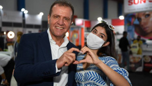 Başkan Seçer, İlk Kez Düzenlenen Mersin Kozmetik,Güzellik Ve Kişisel Bakım Ürünleri Fuarı'nın Açılışına Kattıldı.