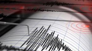 İzmir'in Seferihisar ilçesinde 4 büyüklüğünde deprem