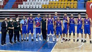 Büyükşehir Erkek Basketbol Takımı Anadolu Panterlerini 73-67 Yendi