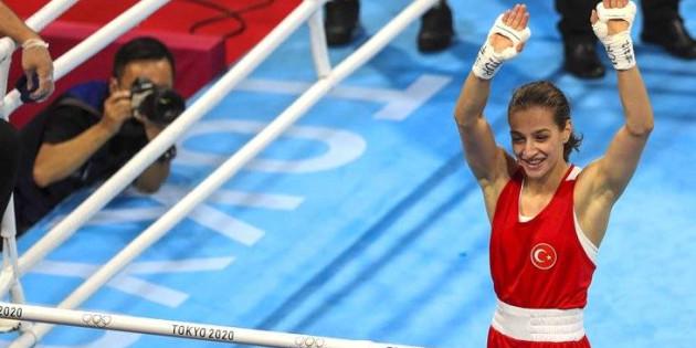 Olimpiyatlarda tarihi başarı! Tokyo 2020'de Buse Naz Çakıroğlu'nun ardından Busenaz Sürmeneli de finalde
