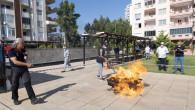 Emekli Evi Üyelerine Tatbikatlı Yangın Söndürme Eğitimi