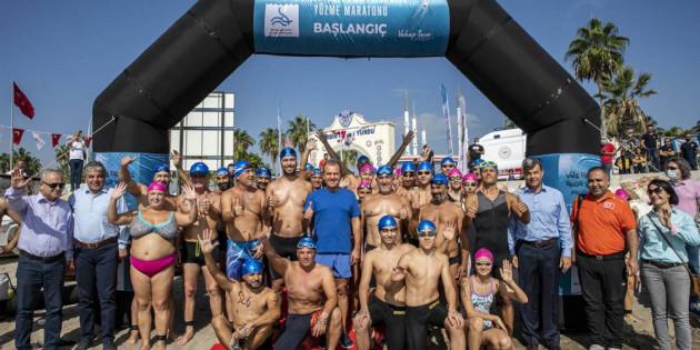 Büyükşehir, Mersin Tarihinin İlk Yüzme Maratonunu Gerçekleştirdi