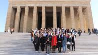 Başkan Yılmaz, Mersin'den 350 Kadın İle Birlikte Ata'nın Huzuruna Çıktı